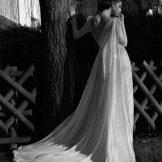 Свадебное платье с открытой спиной от Гали Халав