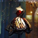 Платье-бабочка вечернее от Лили Йонг
