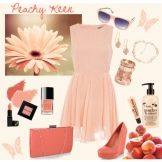 Аксессуары к персиковому платью