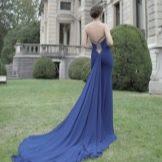 Платье с открытой спиной со шлейфом синее