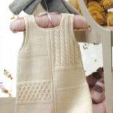 Вязаное платье-сарафан для девочки спицами