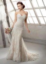 Кружевное свадебное платье русалка со шлейфом