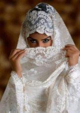 Свадебное платье мусульманское с кружевной отделкой