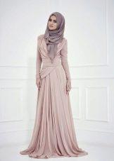 Лиловое свадебное мусульманское платье