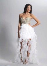 Свадебное платье короткое спереди и длинное сзади
