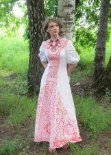 Свадебное платье с вышивкой в русском стиле