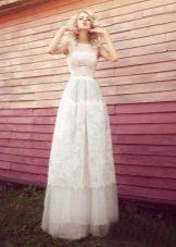 Свадебное кружевное платье в стиле рустик