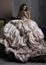 Свадебное платье пышное кофейного цвета