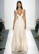 Свадебное платье от Reem Acra с декольте