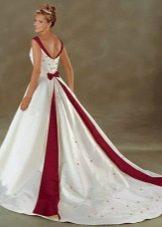 Свадебное бело-красное платье со шлейфом Bonny Bridal