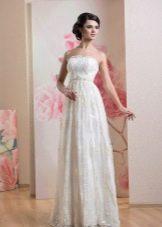 Кружевное свадебное платье ампир без бретелей
