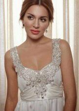Свадебное платье ампир. украшенное паетками