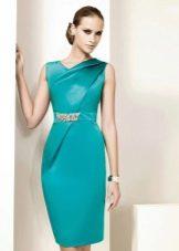 Платье-футляр вечернее короткое цвета бирюза