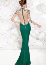 Вечернее платье с иллюзией открытой спины