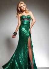 Вечернее зеленое платье с блестками