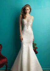 Декор атласного свадебного платья