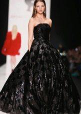Пышное вечернее платье черное
