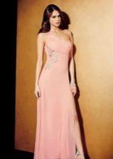 Розовое дешевое вечернее платье