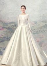 Свадебное платье А-силуэта закрытое