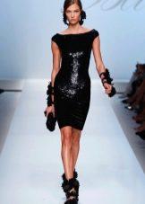 Блестящее вечернее платье-футляр короткое