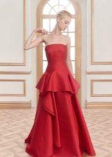 Красное вечернее платье с баской в пол