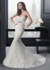 Свадебное платье русалка с пышною юбкой
