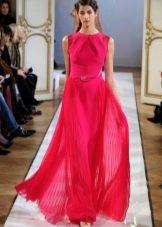 Вечернее легкое платье ягодного цвета