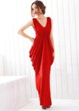 Красное недорогое вечернее платье