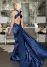 Вечернее платье с открытой спиной синее