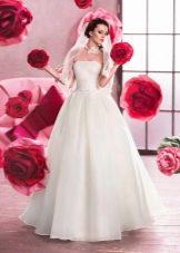 Свадебное платье с корсетом пышное