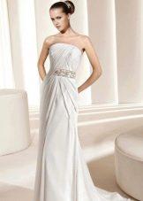 Свадебное платье с драпировкой на корсете