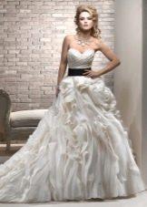 Свадебное платье с корсетом прямое