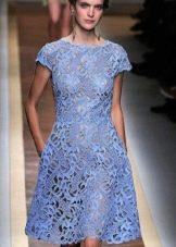 голубое вечернее платье вязанное ирландским кружевом