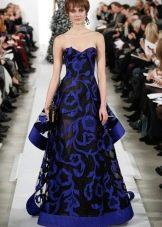 Вечернее платье из синего кружева