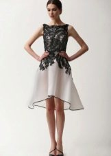 Платье вечернее с черным кружевом
