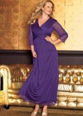 Вечернее фиолетовое платье на свадьбу для полных