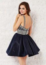 Короткое коктельное платье с открытой спиной