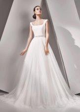 Пышное свадебное платье на бретелях от Амур Бридал