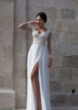 Свадебное платье из коллекции Crystal Design 2015 с разрезом в пол