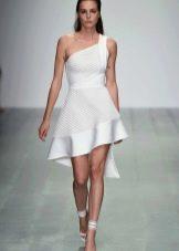 Вечернее платье с асимметричным верхом короткое