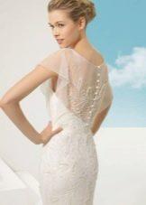 Свадебное платье кружевное с бисером