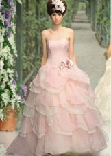 Свадебное платье в стиле принцесса розовое