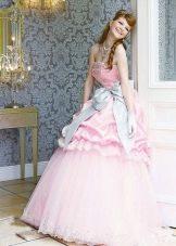 Платье свадебное в мультяшном стиле