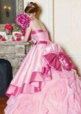 Свадебное платье розовое пышное