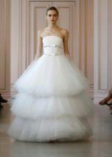 Свадебное платье с многоярусной юбкой 2016 от Оскара де ла Рента
