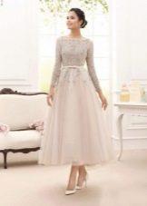 Свадебное закрытое платье в стиле ретро