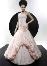Свадебное платье из коллекции Кураж розовое