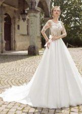Свадебное платье а-силуэта из кружева от Армонии