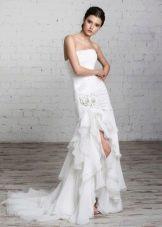 свадебное платье от Романовой с разрезом
