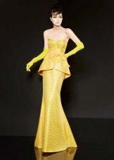 Вечернее платье русалка желтое
